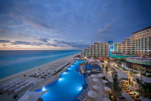 hard-rock-hotel-cancun-aerial-signature-shot